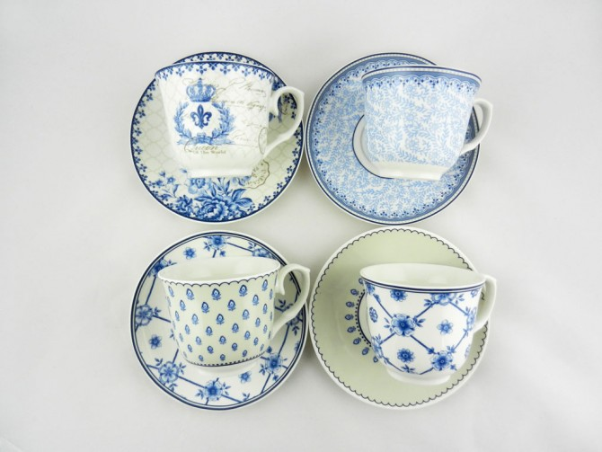 Σετ 4 κούπες για καφέ ή τσάι από πορσελάνη με διαφορετικά σχέδια