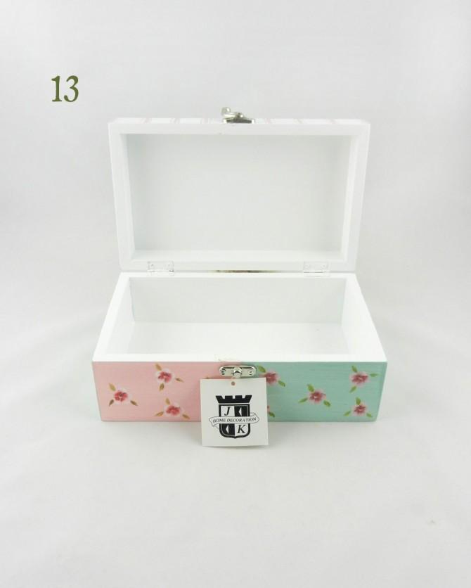 ξύλινη κοσμηματοθήκη κουτί