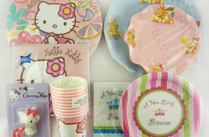 πλαστικά και χάρτινα πιάτα και είδη για πάρτυ