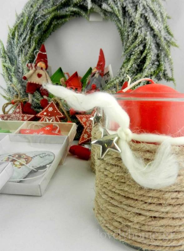Χριστουγεννιάτικο κηροπήγιο από γυαλί, τυλιγμένο με σχοινί