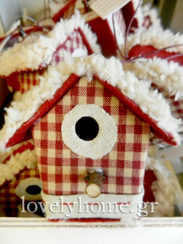 Κρεμαστό σπιτάκι στολίδι για τη χριστουγεννιάτικη διακόσμηση