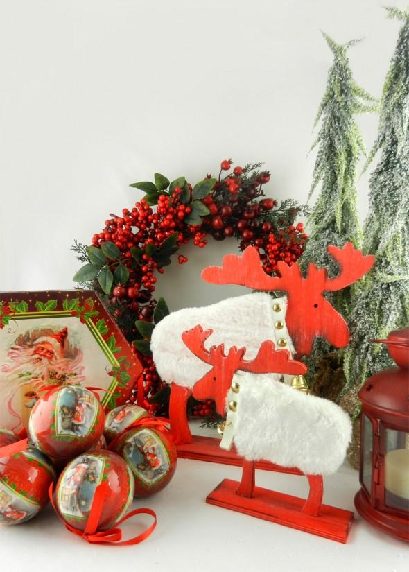 Χριστουγεννιάτικη διακόσμηση σε κόκκινο