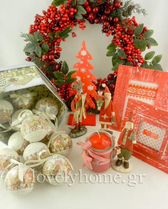 Χριστούγεννα σε κόκκινο χρώμα