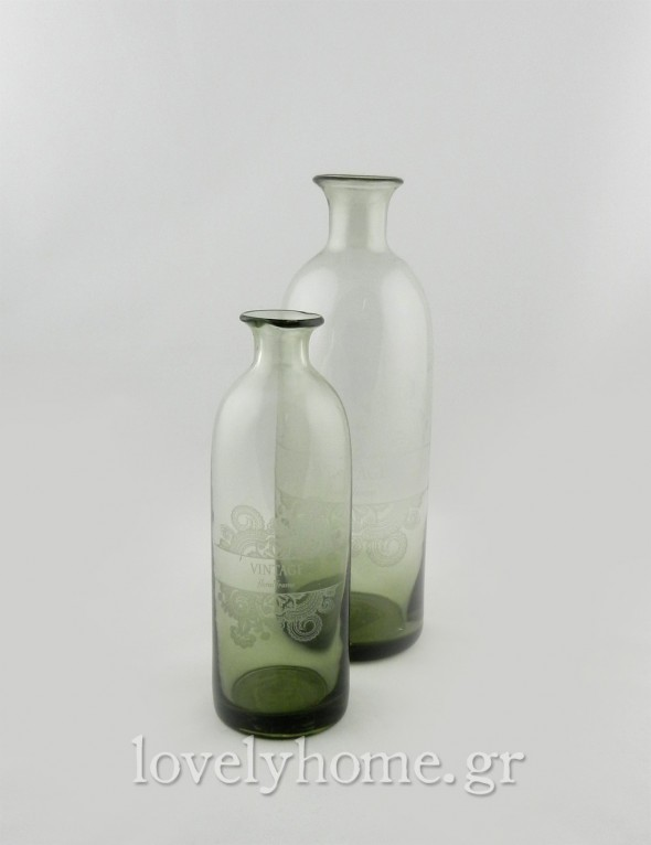 Vintage γυάλινα βάζα σε σκούρα πράσινη απόχρωση με λευκό σχέδιο