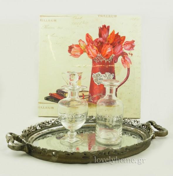 Πίνακας σε 4 σχέδια 4,36 ευρώ | δίσκος vintage με καθρέφτη 22,57 ευρώ | μπουκάλια με λευκό σχέδιο και γυάλινο πώμα 4,99 ευρώ και 4,10 ευρώ