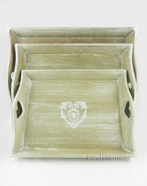 Σετ 3 δίσκοι σερβιρίσματος, ορθογώνιοι, σε φυσικό χρώμα, με σχεδιασμένη λευκή καρδιά στο κέντρο της επιφάνειάς τους 22,01 ευρώ χωρίς ΦΠΑ