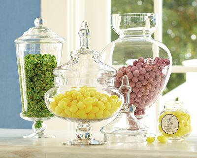 Γεμίστε τα βάζα με κάθε είδους candies. Προσφέρουν χρώμα, στυλ και ... γεύση