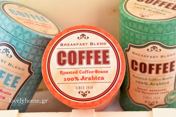 Μεταλλικά καφεκούτια σε σχήμα κυλίνδρου σε 3 χρώματα Κωδ:04105721 Τιμή χωρίς ΦΠΑ 3,26 ευρώ