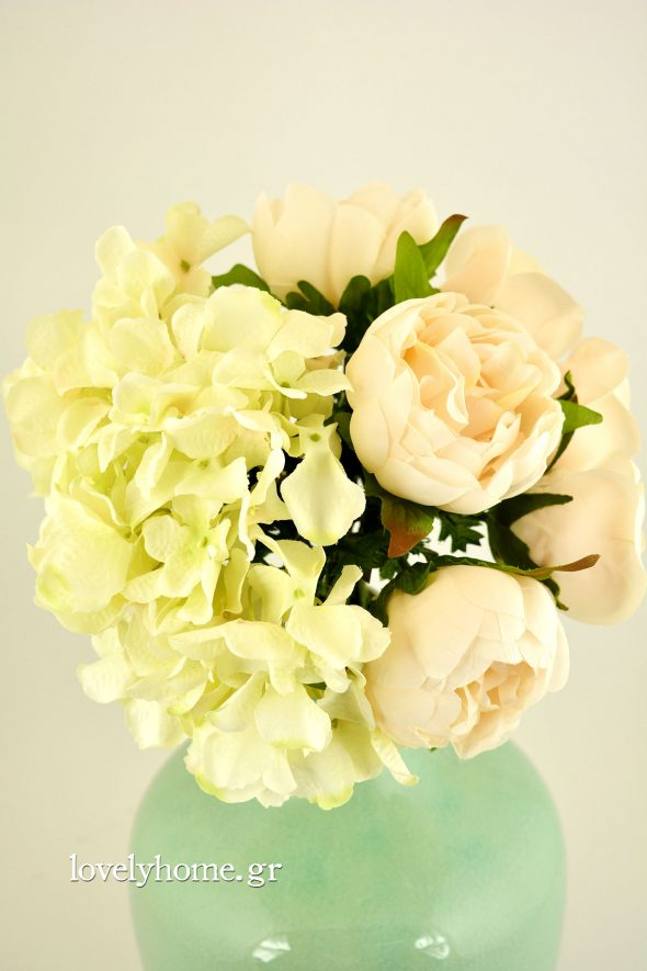 bouquet artificial flower